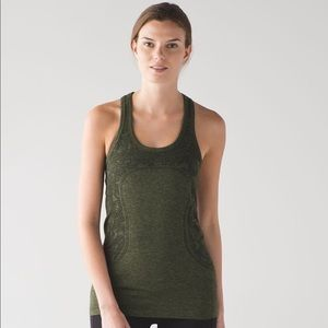 Lululemon Swiftly Tech Racerback size 2